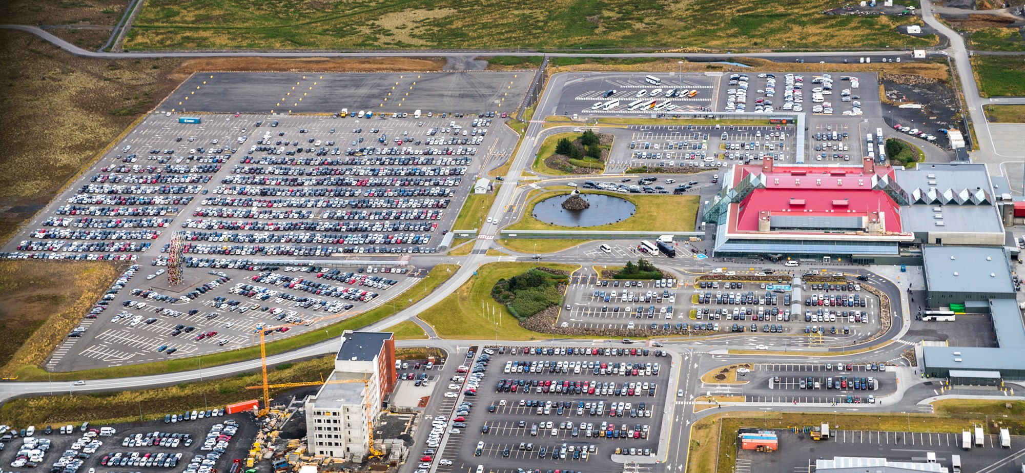 NEW TEMPORARY FEE ON OUTER COACH PARKING AT KEFLAVIK AIRPORT