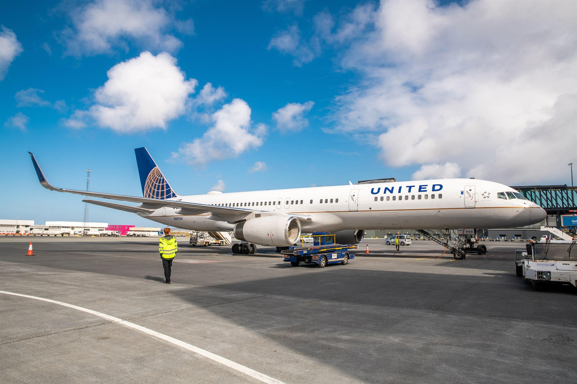 United Airlines Flies to Iceland again this summer from New York and Chicago