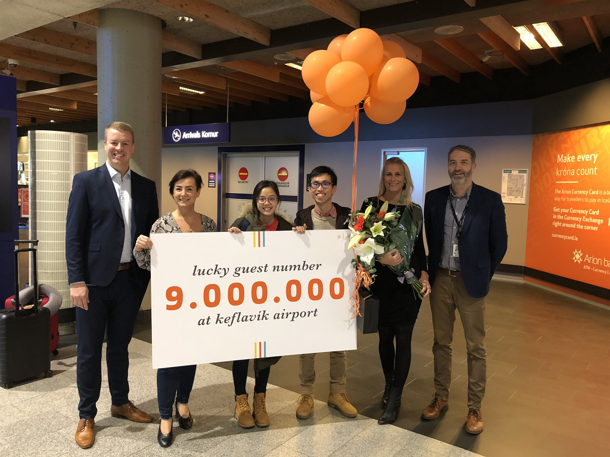 THE NINE-MILLIONTH PASSENGER PASSED THROUGH KEFLAVÍK AIRPORT THIS YEAR