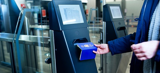Passport control | Keflavik Airport